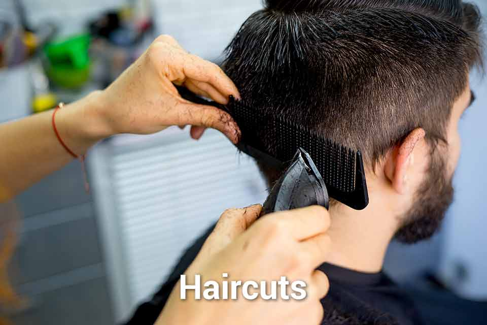 Button to learn about haircuts offered to veterans at Chicago Standdown